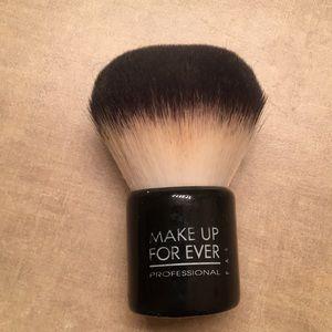 Make up forever kabuki brush